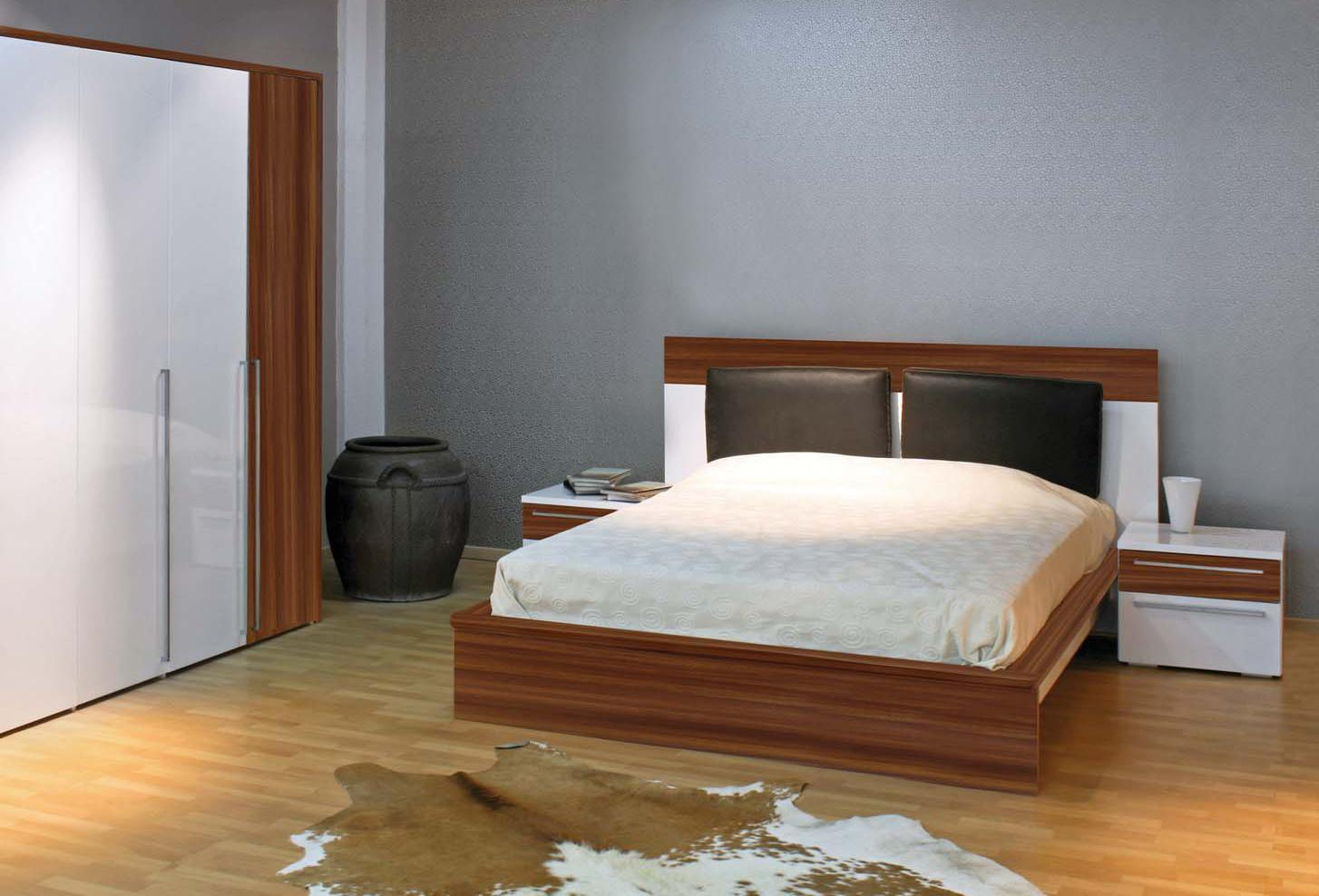 Chambres a coucher dcoration chambre coucher couleur for Petite chambre a coucher design